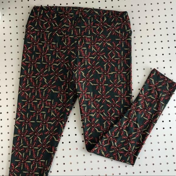 7ad07737fbd35d LuLaRoe Pants | Nwot Tall Curvy Leggings Floral Winter | Poshmark